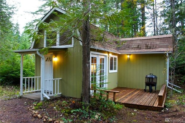 Nwmls for sale 1 bed 1 bath 580 sq ft house located for Hood canal cabin for sale