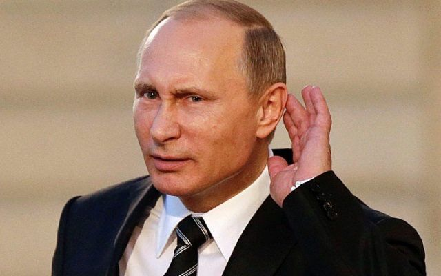 De Janaína Paschoal, no Twitter: Com uma base militar na Venezuela, Putin estará a um passo de atacar o Brasil. Estão rindo? Pois eu estou falando sério.