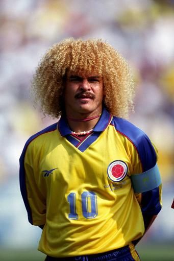 Самые необычные причёски футболистов