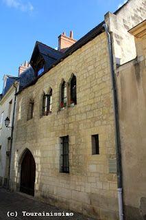 Ancienne maison canoniale de Saint Martin à Tours au 4 rue Rapin.