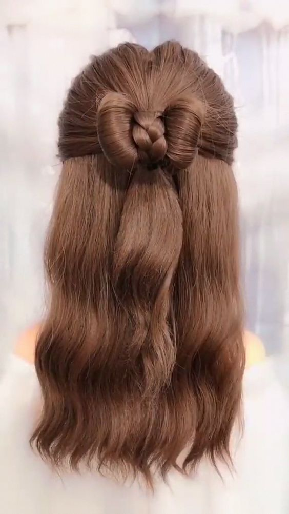 32 Stunning Half Up And Half Down Hairstyle Ideas That Chic Girls May Want To Try! HCYlife Blog