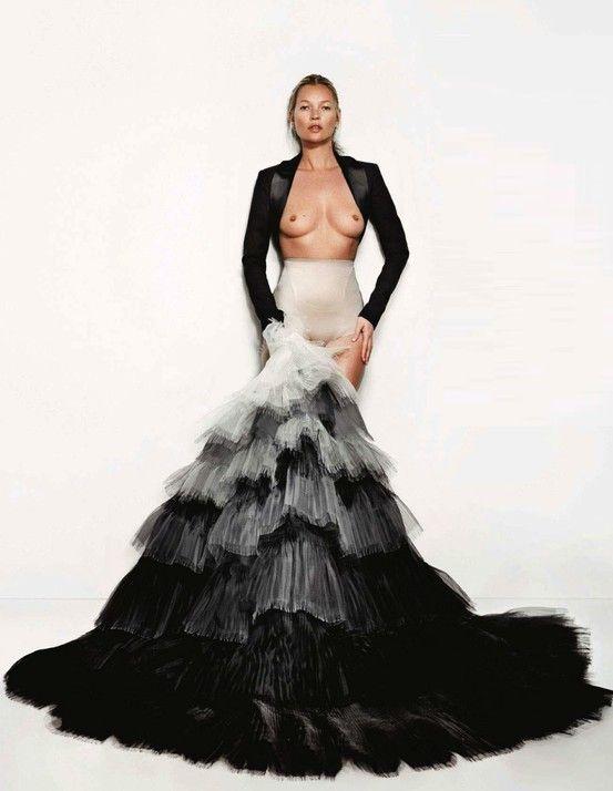 Kate Moss | Vogue UK | May 2013 | Mario Testino