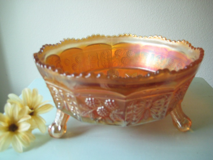 Rare fenton carnival glass butterfly and berry pattern for Most valuable depression glass patterns
