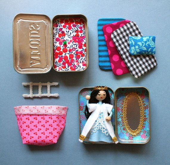 Wee Princess Pea PDF pattern for a purse-sized fairy by mmmcrafts