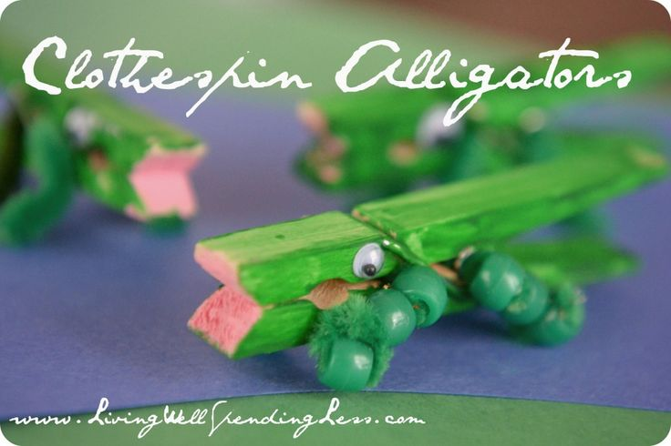Animal Class - Day #4 - alligator craft - clothespin, google eyes, pipe cleaner & beads