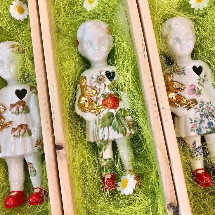 Limited edition porcelain Clonette dolls by Lammers en Lammers at Troost en Leut, Oosterhout, Netherlands