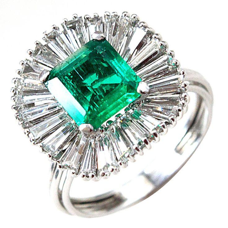 1960s Colombian Emerald Diamond Gold Ballerina Ring | 1stdibs.com