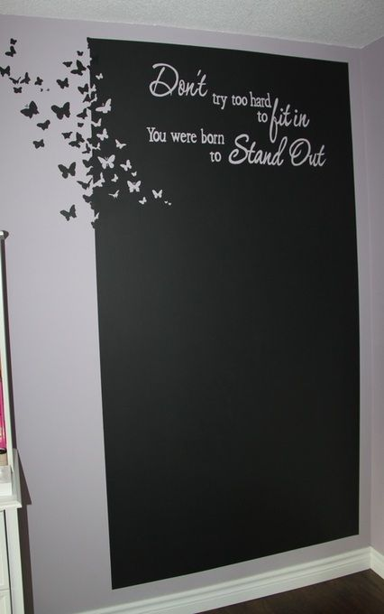wow what a beautiful chalkboard, perfect for any girls room