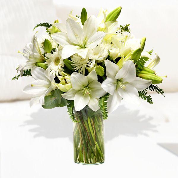 93 best LIRIOS images on Pinterest   Beautiful flowers, Pretty ...