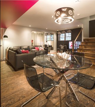3 styles, 3 sous-sols | Les idées de ma maison Crédit photo: François Laliberté #deco #sousol #canape #accessoires #table #bois