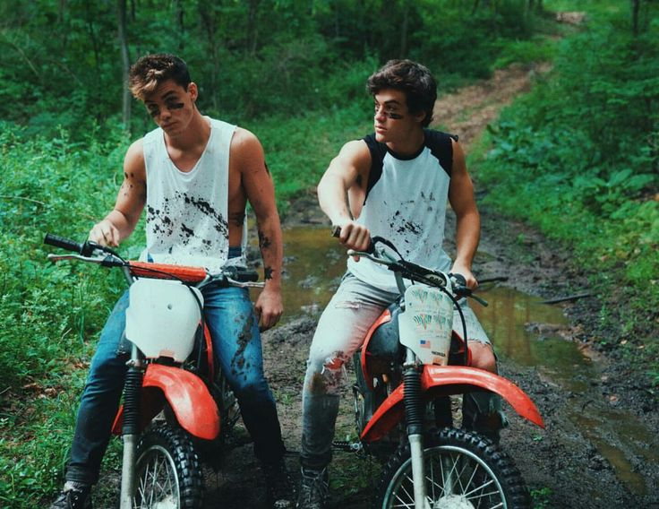 The Dolan Twins + Dirtbikes = Pure Happiness/Hotness