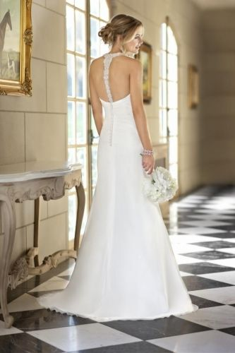Jasmine-back by Tuscany Bridal