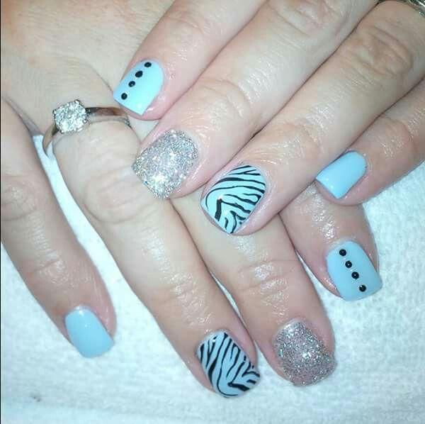 LCN #gelnails #animalprint #zebra #silver #blue #LCNproductsonly #facebookgetnailedbyApril