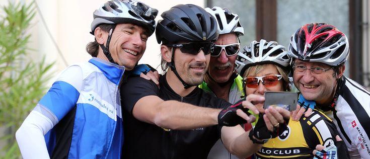 """""""Rio war die letzte Szene eines Kinofilms"""" 🎬  Fabian Cancellara spricht über schöne Erinnerungen und sein aktuelles Projekt. Bei Chasing Cancellara kann jedermann mitmachen, Swiss-Cycling-Mitglieder erhalten Rabatt. #cycling #sportsbase #cyclinglife #health #fashion #cyclist #healthyliving #sport #sporting #sportlife #fitness #fitnesslife #fitnessliving #yoga #yogalovers #yogalife"""