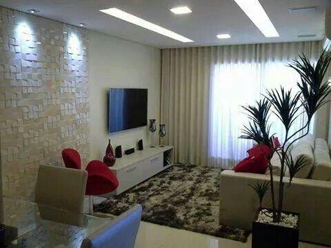 Sala pequena com revestimento e mesa de jantar salas for Mesas de televisor modernas