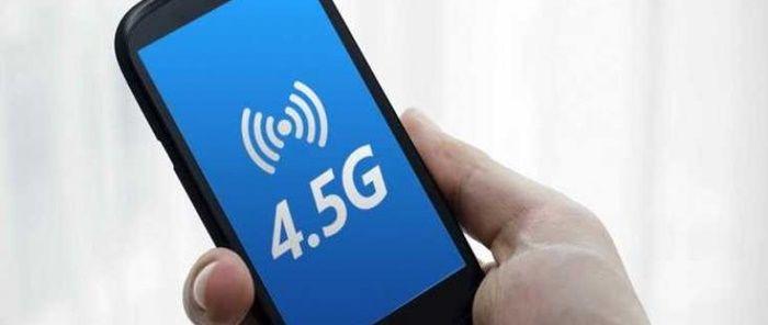 Teknoloji dünyasındaki gelişmeler modern dünyaya ayak uydurabilmek adına hız kesmeden devam ediyor. Mobil teknoloji alanındaki bağlantı çalışmalarında da bu durum kendini 4.5G hazırlıkları ile ortaya çıkarıyor. Sürekli yenileşme ve gelişme içinde bulunduğumuz bu dünyada 3G mobil bağlantısına veda edip, 4.5G devrine geçiş yapılmaya hazırlanıyor. Tüm operatörlerin reklamlarından da anlaşılacağı üzere birkaç ay içerisinde kullanılan mobil …