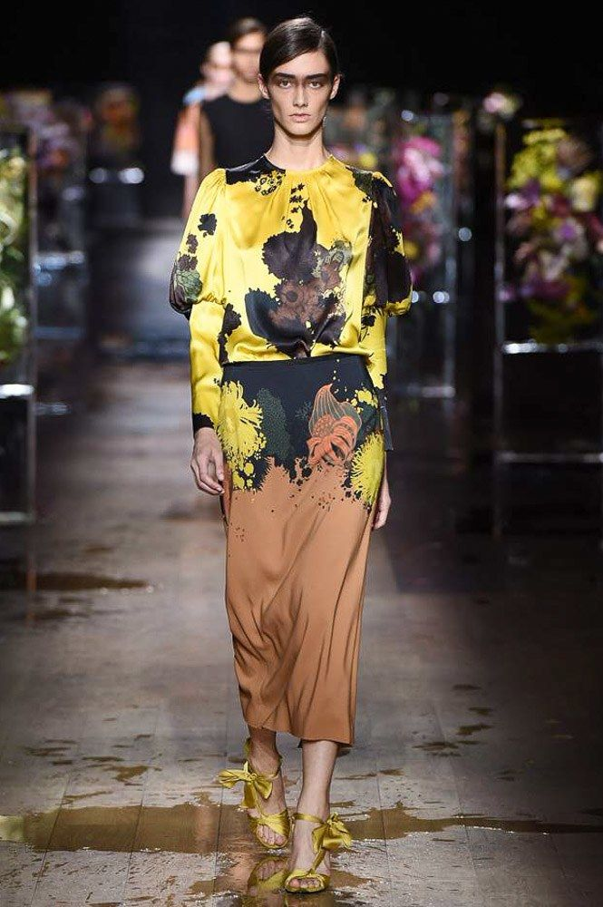 http://www.vogue.com/fashion-shows/spring-2017-ready-to-wear/dries-van-noten/slideshow/collection