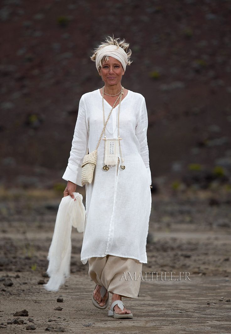 White linen side slit summer tunic with long sleeves and sarouel skirt -:- AMALTHEE -:- n° 3462