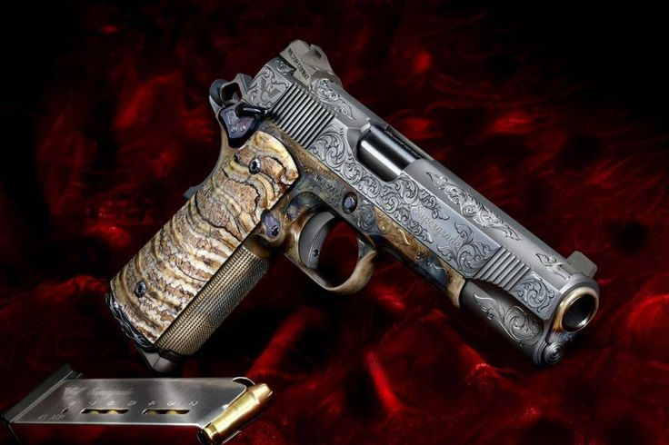 The Viking Minuteman — Wilson Combat Supergrade Find our speedloader now!  http://www.amazon.com/shops/raeind