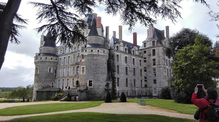 Visite du château de Brissac par un groupe d'étudiants du CIDEF