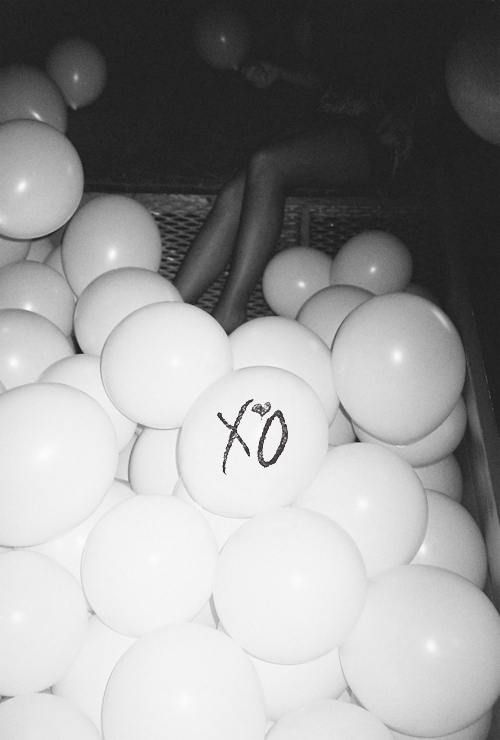 Rolling Stone Black And White Heels Party Drugs The Weeknd XO OVOXO Alcohol Balloons  House Of