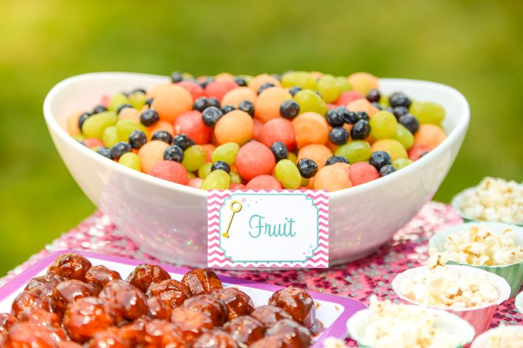 Bubble party ideas- Meatballs, round fruit salad and other round foods, plus bubble wrap dance floor! Love it! | -Lemonberry Moon blog