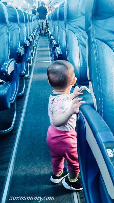 Pack EVERYTHING You Need with Option Plus on Air Transat  travel, baby, plane, flight, kids, flying with baby, mexico, air transit, charter flight, baggage fees, bring baby stuff, baby walking in aisle, airplane baby, option plus, upgrade, excess baggage fee,