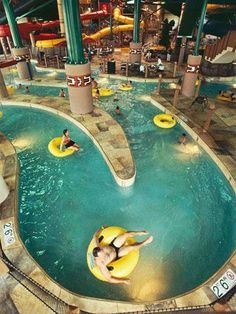 44 Midwest Resorts - not a big fan of water parks (because I use to work at one) but I guess I can take the kiddos to some!!