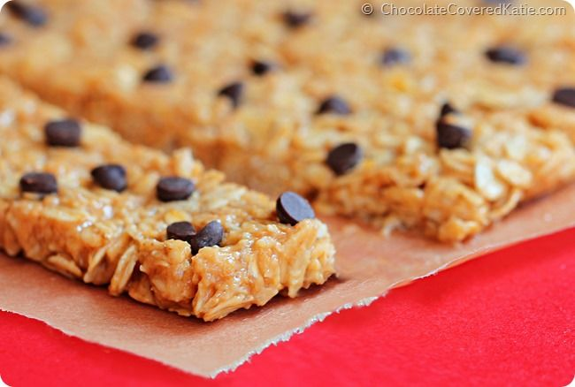 Need a quick energy boost? Make these no-bake chocolate chip, peanut butter granola bars!