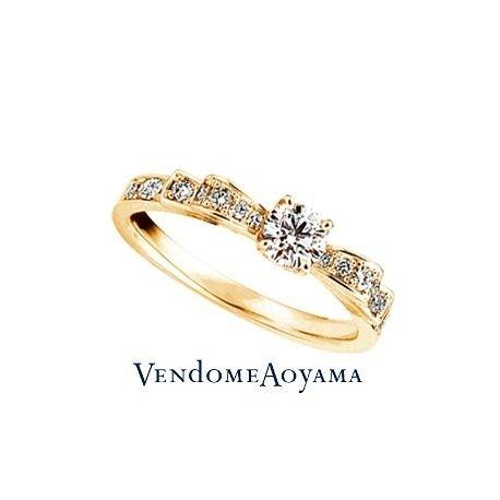 ヴァンドーム青山:【ヴァンドーム青山】人気のリボンエンゲージリング(イエローゴールド)イエローゴールドのエンゲージリング・婚約指輪一覧❤