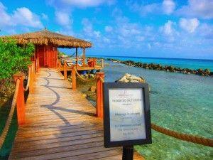 Okeanos Spa - Renaissance Island, Aruba A massage on the beach is definitely on my bucket list and soon to be a dream cone true - this November!