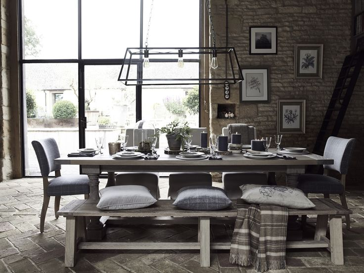 Neptune Balmoral Rectangle Dining Table | Dining Room Furniture