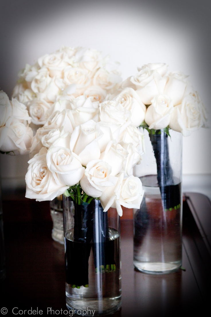 white wedding flowers white roses wedding boutiques miami weddings wedding flowers. Black Bedroom Furniture Sets. Home Design Ideas