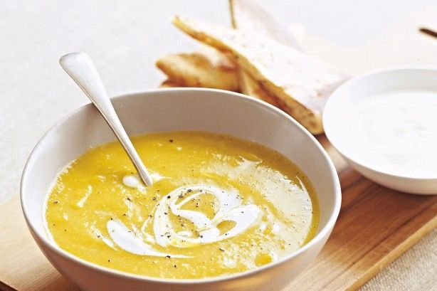 Spiced cauliflower soup with yoghurt main image