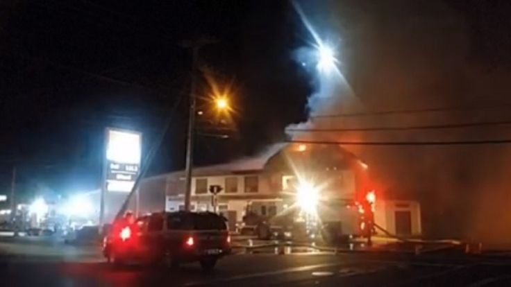 nice Campbell River's historic Quinsam Hotel appears destroyed by fire - British Columbia - Canada News