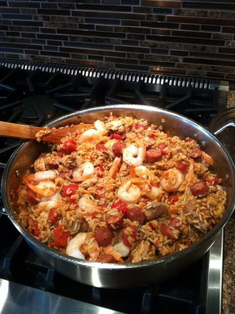 Jambalya... MMMM, Not too spicy just right! 40 Minutes in one Pot and you have Dinner! Epicure Selections What's For Dinner Jambalya is another Hit!