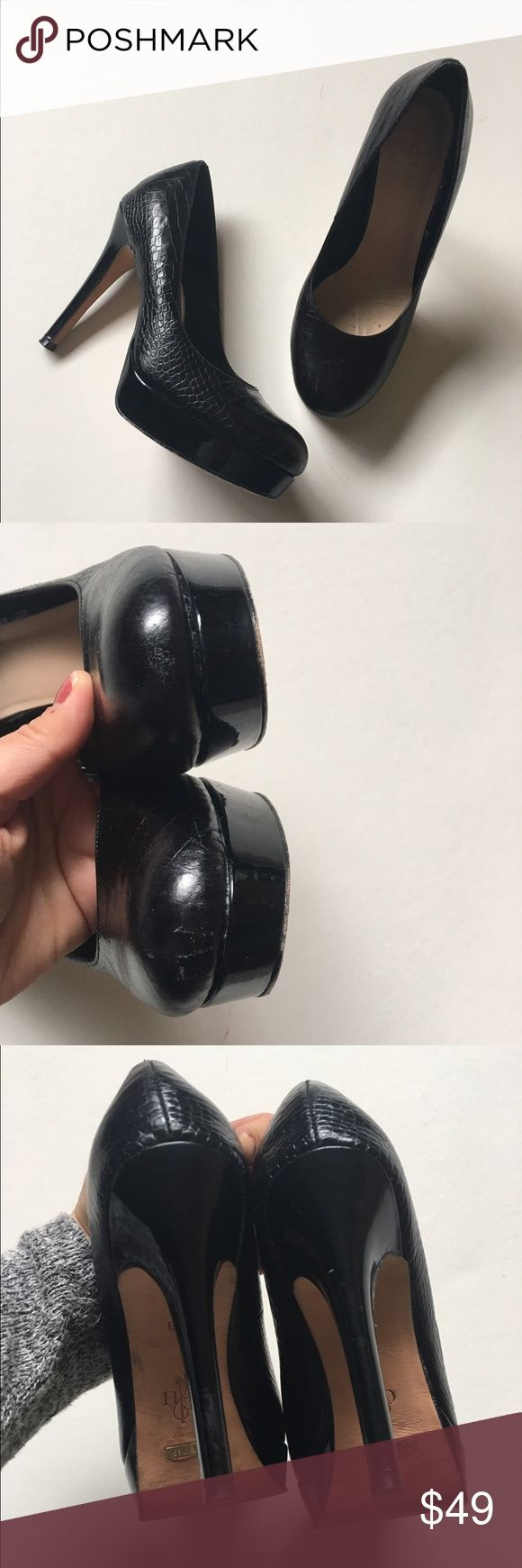 Amaizng Cole Haan Pumps!! Very good condition!! And very comfortable for the height!!  They are 6.5 but fit me well and I'm a 6. 4.5 inch heel height Cole Haan Shoes Heels