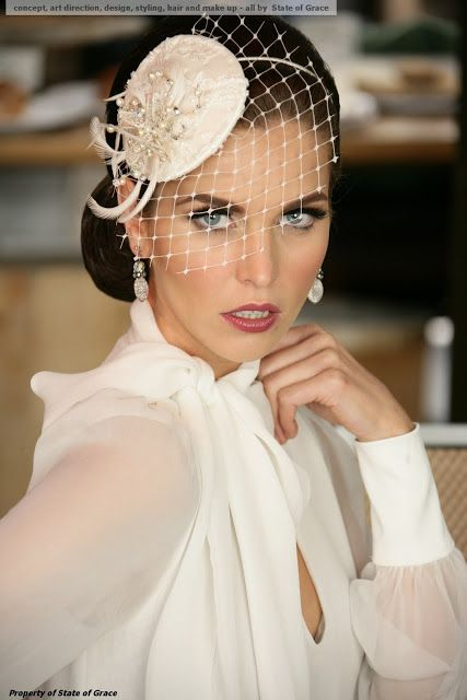 I've never worn a fascinator before. I must now find or create an occasion to purchase/ make and wear/rock one. :)