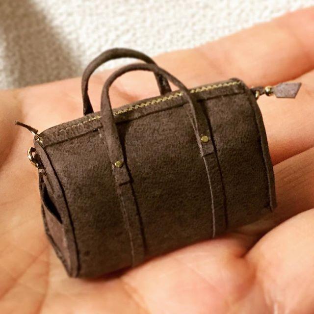 革のカバン、第3弾です(^.^) #miniature #leather #bag#ミニチュア#革#バッグ