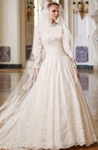 So beautiful! The wide waste would be very slimming! #modest #wedding #gown