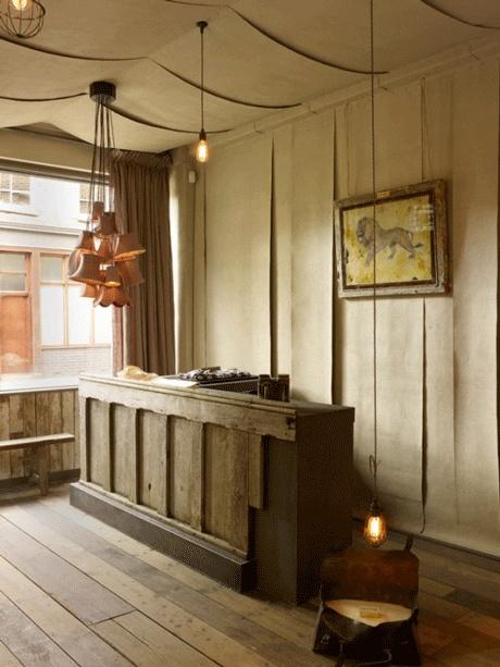 Leuchten- und Ausstellungs-Design von Hannah Plumb und James Russell... via Designchen, ©James Plumb