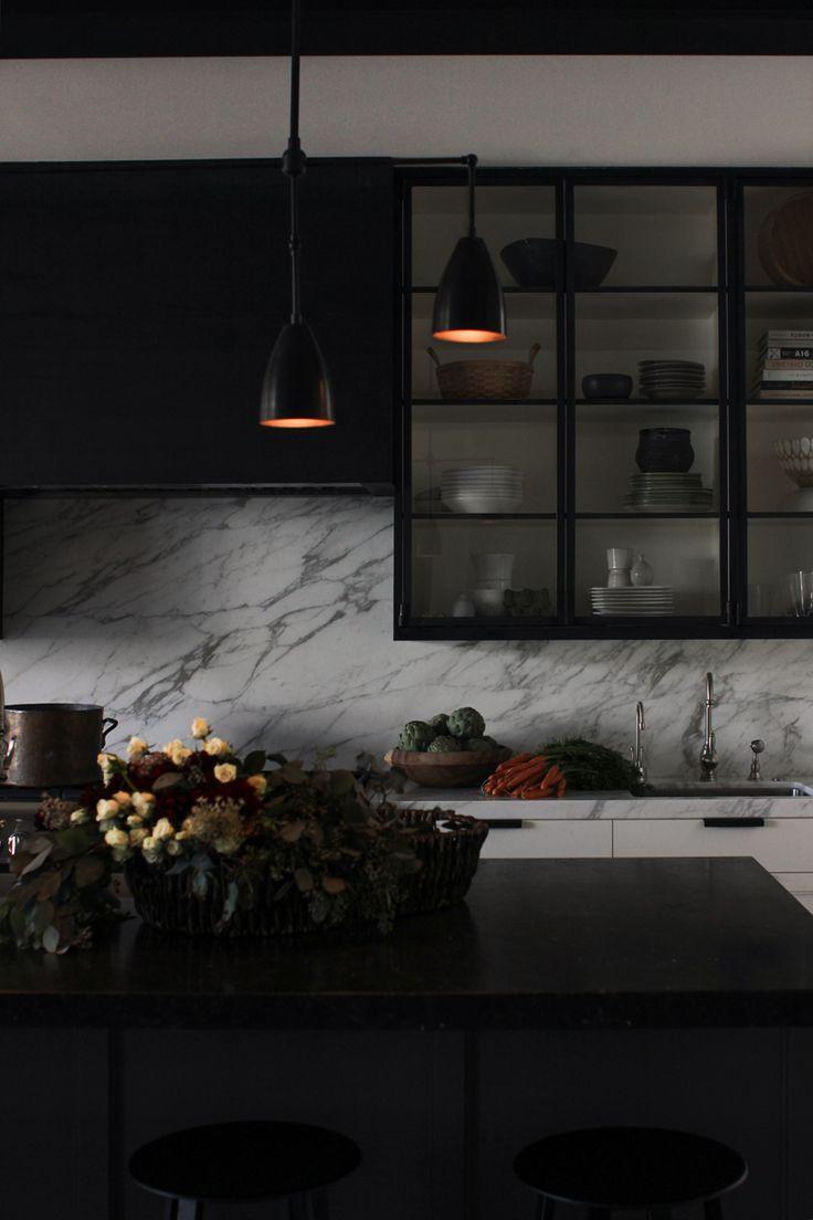San Francisco Kitchen - Dark Kitchen - Black - Marble - Moody