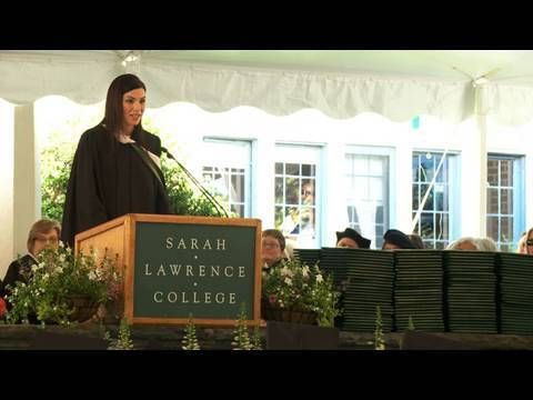 Julianna Margulies' Address to Sarah Lawrence College's Class of 2010 - YouTube