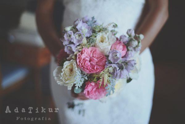 Ramo flores. Bouquet. Novia. Boda en Sitges. Wedding Sitges adatikur.com