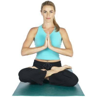 Como cruzar as pernas no ioga | eHow Brasil