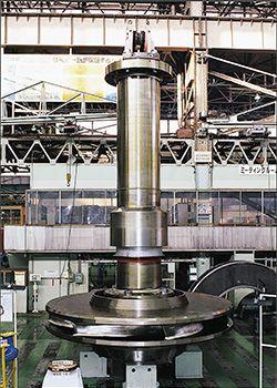 写真:水車 41.2万キロワットポンプ水車 (日立三菱水力(株)からの受託製品)