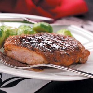 Quick Apple-Glazed Pork Chops Recipe~used my indoor grill pan.....so, so good!      7pts                    j/f 09