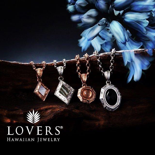 【amgwmjm25】さんのInstagramをピンしています。 《☀️LoversCollection☀️  Lovers Hawaiian Jewelry  * #ハワイアンジュエリー #ハワイアン #lovers #jewelry #instagood  #ペア #ペンダント #pendant #おそろい #シルバー #海 #夏男 #夏女  #ビーチ #ハワイ#定番 #ジュエリー #ハワジュ #男前 #かっこいい #かわいい #南国 #リゾート #こだわり #日焼け #小麦肌 #アロハ #ゴープロ #スタイリッシュ》