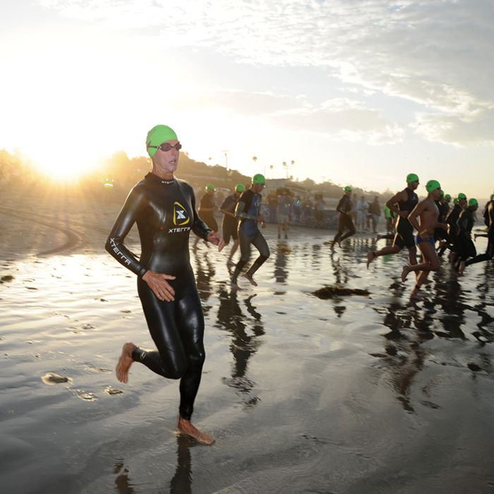 This plan will prepare you for an Olympic-distance race—usually a 1.5K swim, 40Kride, and 10Krun—in just 12 weeks.