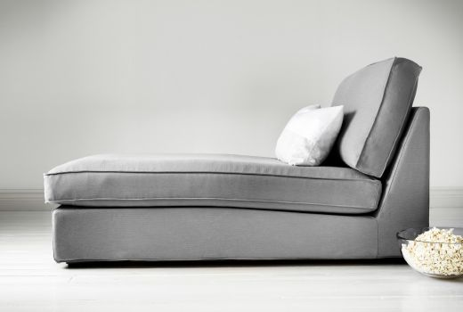 Je trouwe chaise longue staat altijd te wachten als je languit wil gaan liggen om te ontspannen en je batterijen op te laden. Met een moderne, grijze chaise longue kan je bijvoorbeeld elke ruimte een stijlupdate geven met massa's comfort, zonder dat je veel vloerruimte opgeeft.